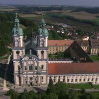 959370806-stift-sankt-florian-basilica-church-baroque-deciduousforest